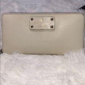 Kate Spade Zipper Wallet